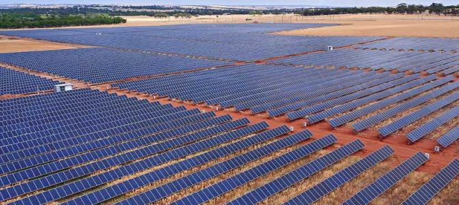 Solar continues to re-shape the grid, AEMO report reveals