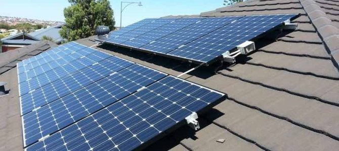 EnergyAustralia to buy solar and batteries for charities, funded by RET shortfall